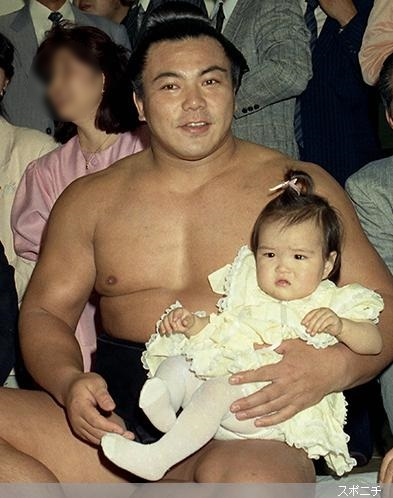 akimotokozue-1988