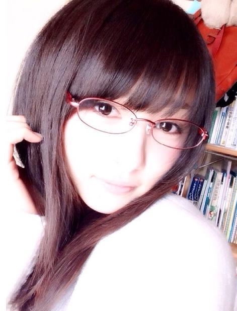 sakuraihinako-megane1